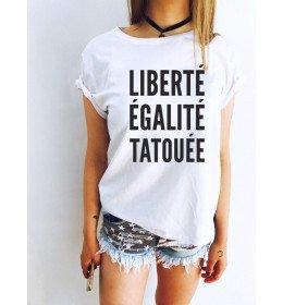 WOMAN T-SHIRT LIBERTÉ ÉGALITÉ TATOUÉE