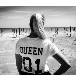 Woman T-shirt QUEEN 01